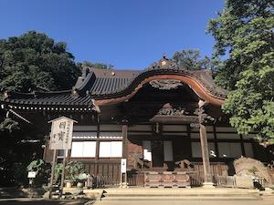The main hall of Jindaiji temple