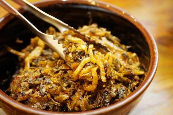 popular toppings in ramen shop